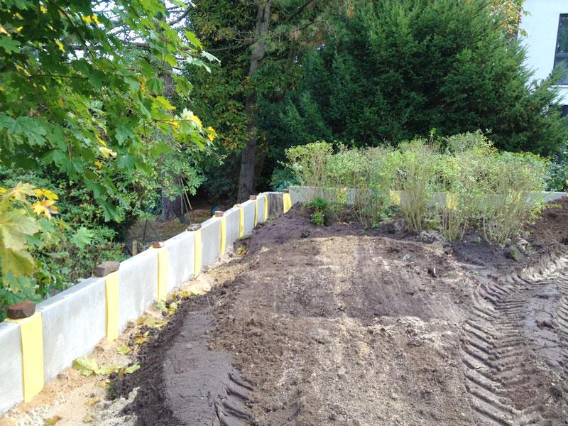 Familiengarten ber zwei ebenen for Gartengestaltung unterschiedliche hohen