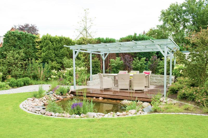 Relativ Gartenerweiterung mit einer überdachte Terrasse am Teich HA22